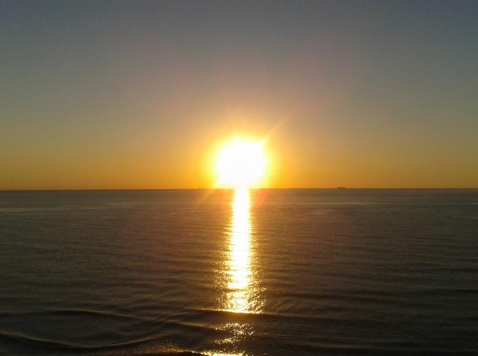 amanecer en mi playa